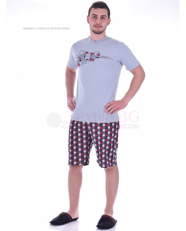Mъжка пижама с къс ръкав в две стилни комбинации с каре панталон