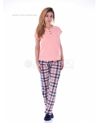Дамска пижама къс ръкав с копчета и дълъг каре панталон