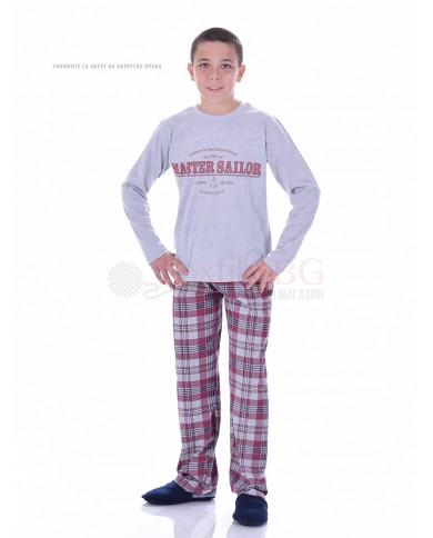Юношеска пижама за момче със ситопечат и каре панталон в два цвята