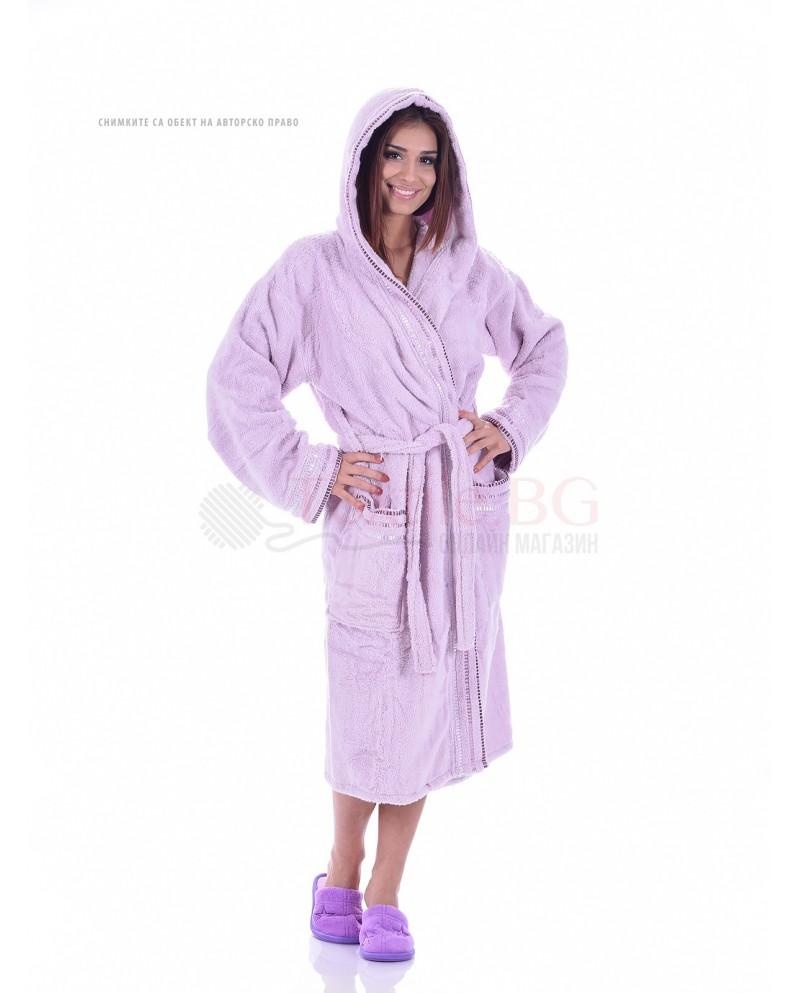 Мек и удобен халат за баня от микро памук с единична качулка