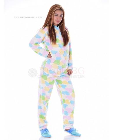 Mека и топла пижама от велсофт в три пъстри десена на сърца