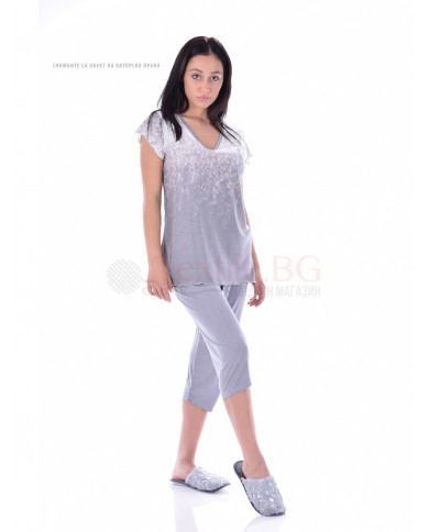 Комфортна дамска пижама къс ръкав в два красиви принта